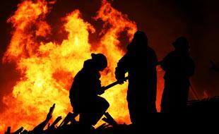 Feux de camp et grillades : comment �viter les blessures et incendies