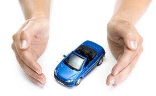 Assicurazione auto: in primo piano casco parziale, casco collisione e casco totale