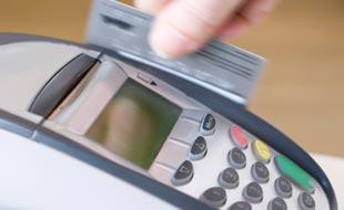 Kreditkarte: Vorsicht bei Zinss�tzen f�r Ratenzahlung