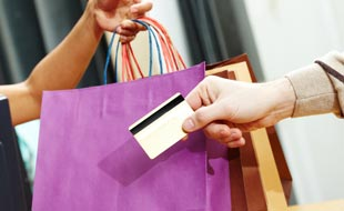 À quels services bonus (miles, superpoints, etc.) ai-je droit avec ma carte de crédit ?