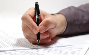 Krankenversicherung: Wenn Sie die Versicherung wechseln, um zu sparen, beachten Sie die Kündigungsfrist!